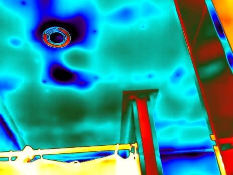Lekdetectie bij een daklekkage met thermografie