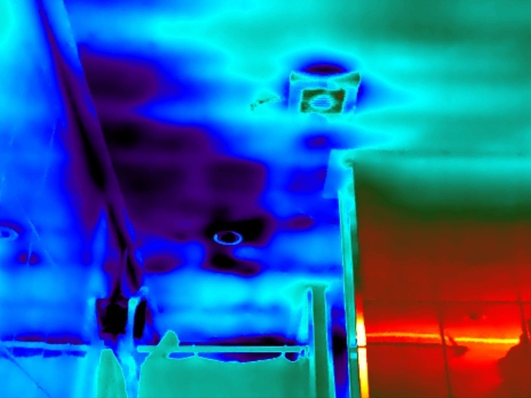 Thermografie bij een plat dak.