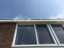 Rooktest in Leeuwarden naar aanleiding van tocht bij nieuwe kozijnen