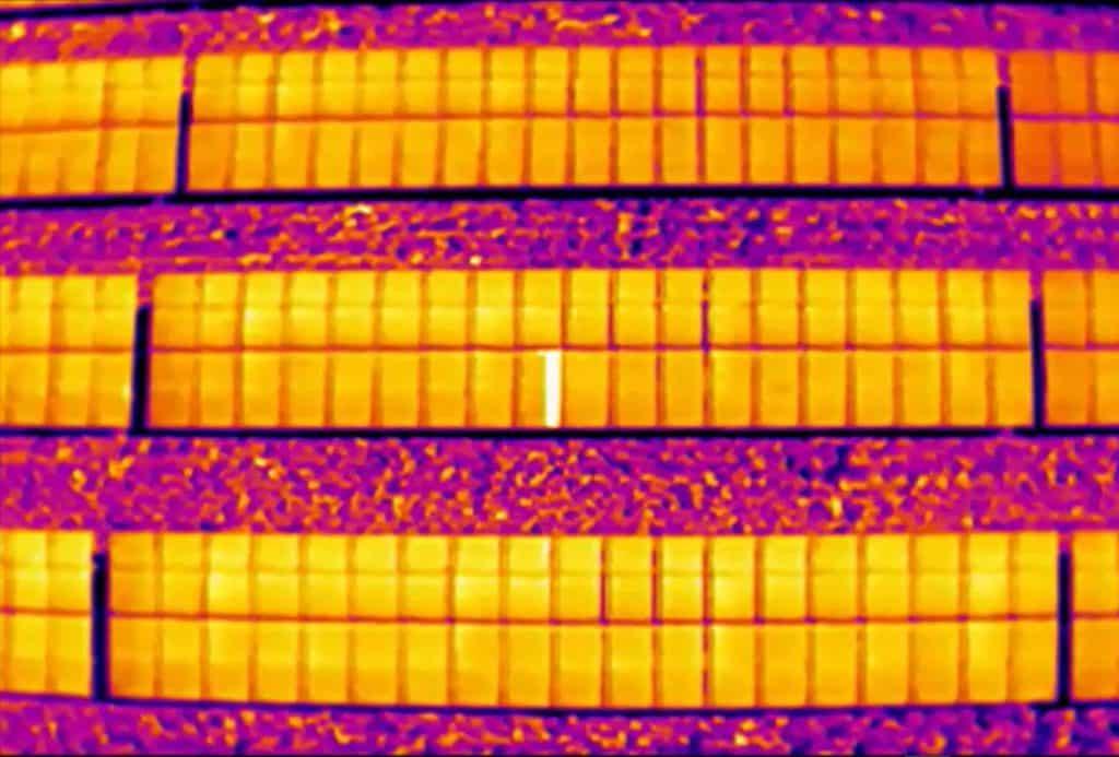 Energiekeurplus maakt gebruik van drone thermografie voor de inspectie van zonnepanelen en gebouwen.