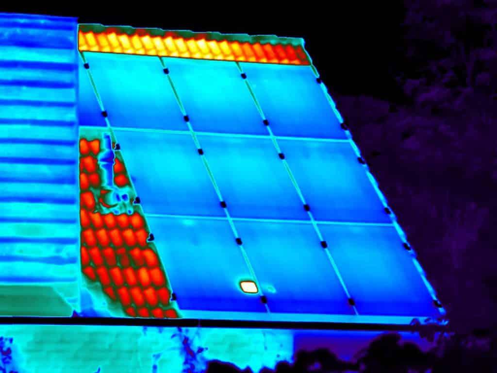 Thermografie wordt door ons met succes ingezet voor het opsporen van gebreken bij zonnepanelen