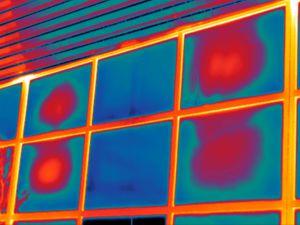 Thermografie maakt energieverlies en problemen bij zwembaden zichtbaar.en