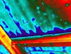 Lekdetectie met gebruik van thermografie
