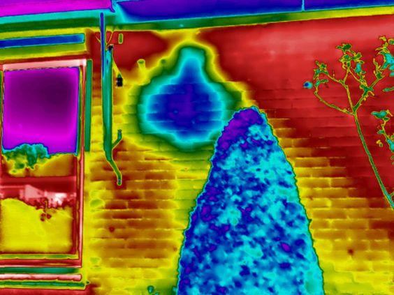 Lekkages en vochtproblemen worden zichtbaar met thermografie